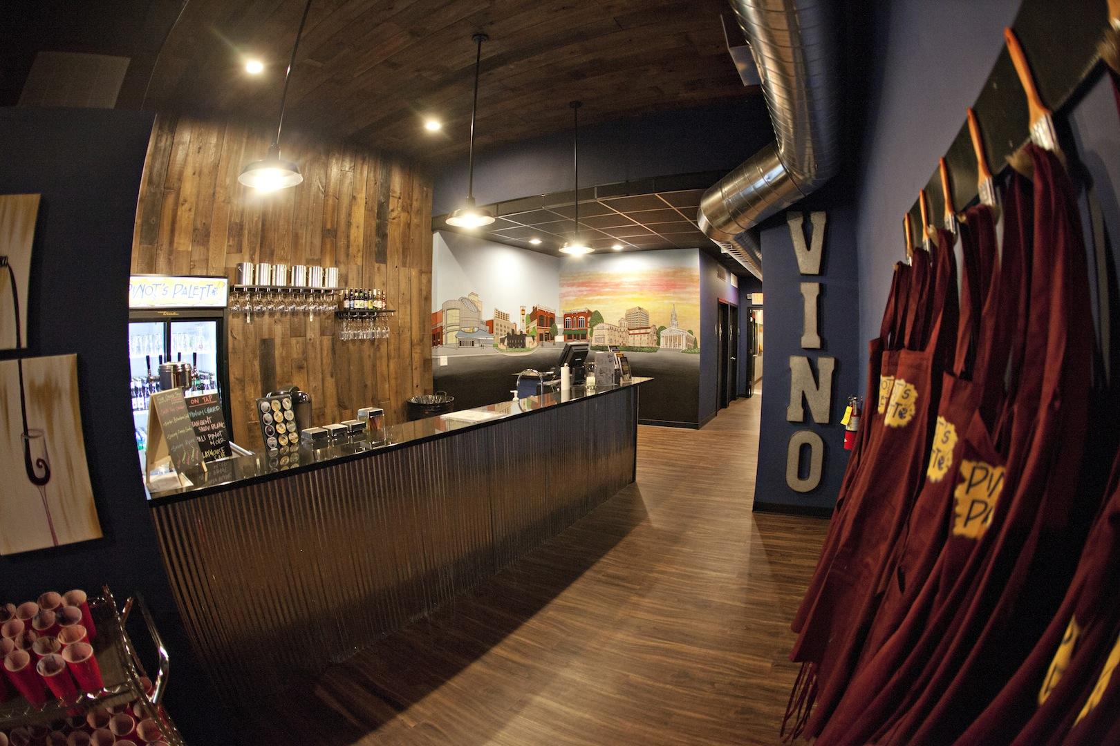 Pinot's Palette - Appleton Bar