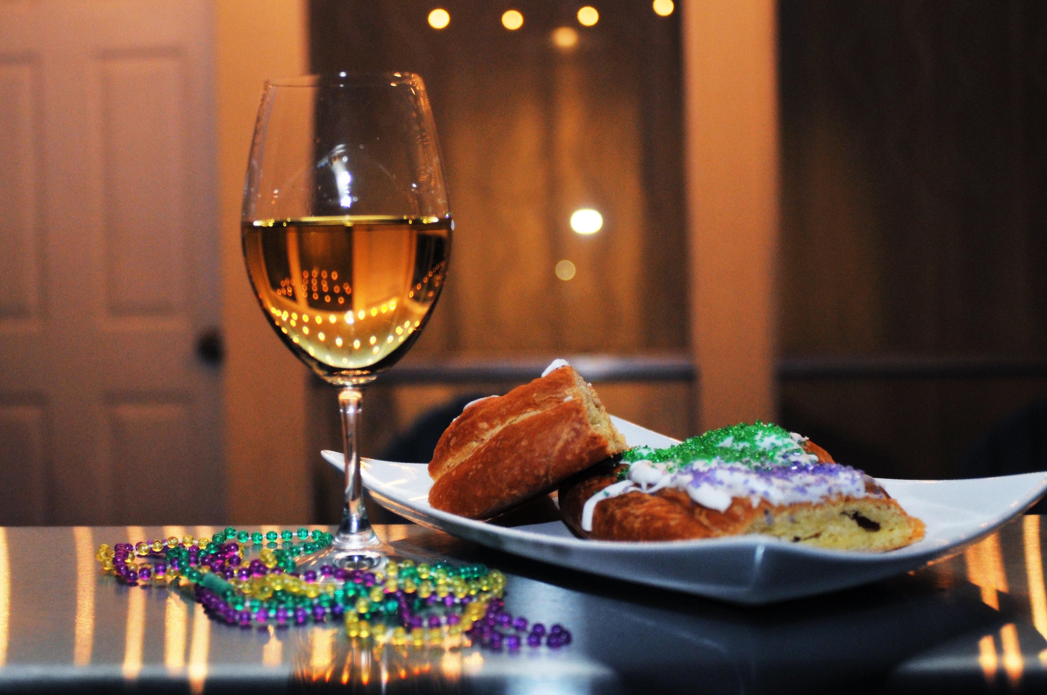 king cake and mardi gras wine