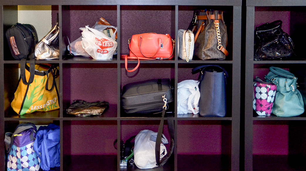 purse cubbies