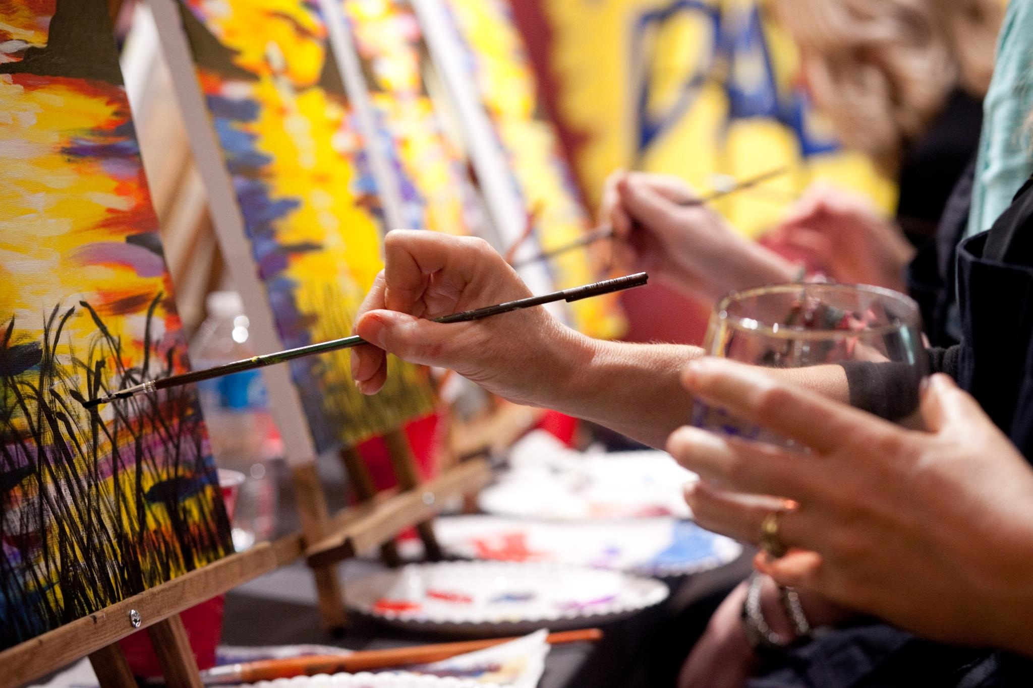 pinot's palette paint and sip wine party fun night out first time