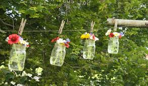 outdoor-decorating-flowers-Mason-jar
